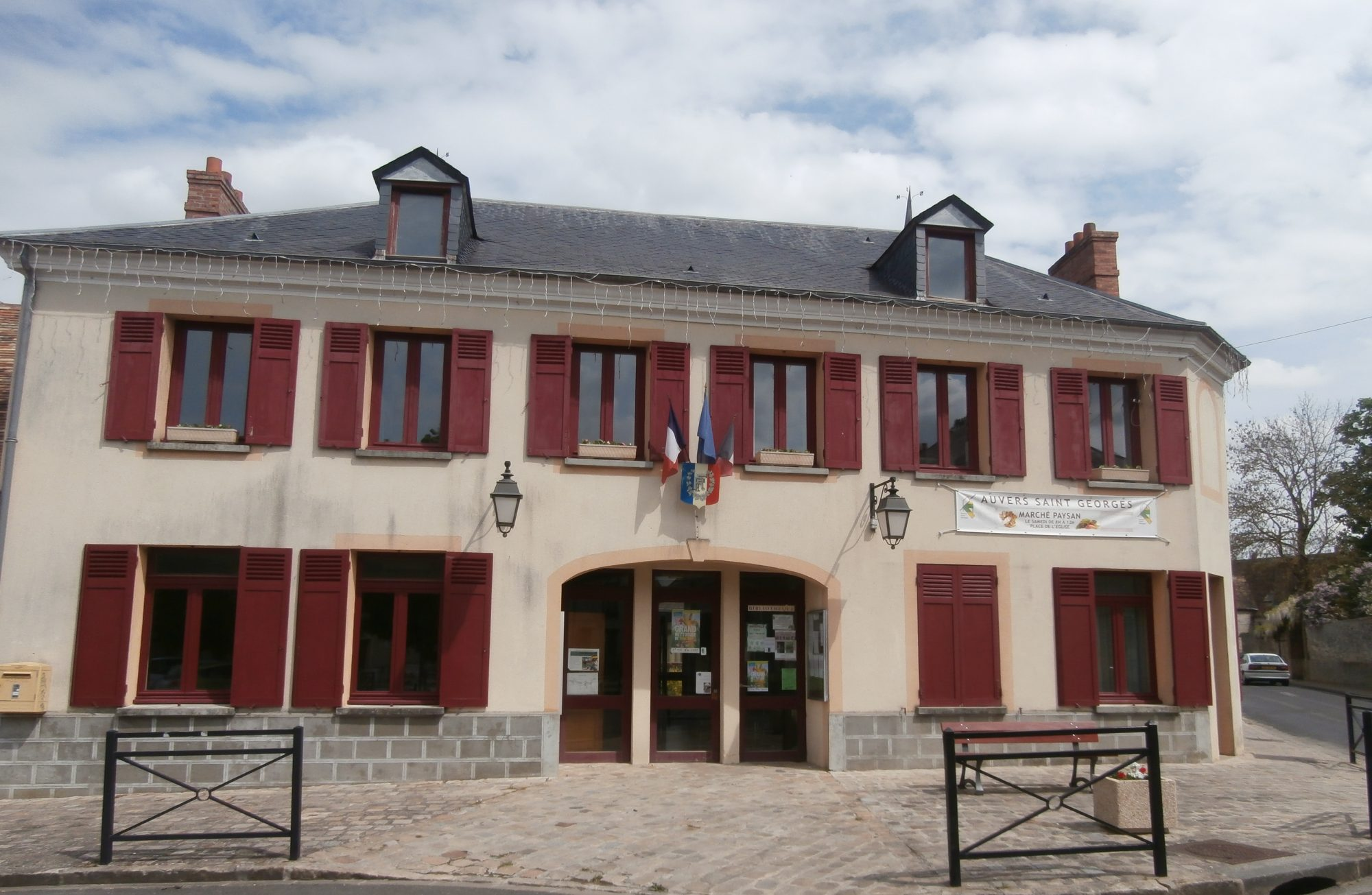 MAIRIE D'AUVERS SAINT GEORGES